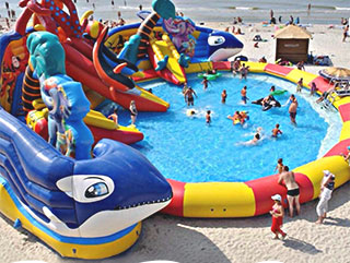 parchi acquatici, playground acquatici, playground gonfiabili
